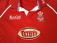 Classic Rugby Shirts | 2002 Llanelli Scarlets Vintage Old Retro Jerseys